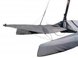 SPINNAKER POLE AND CHUTE COVER